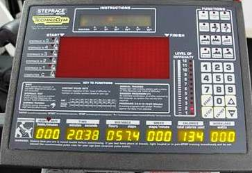 Consolle completa per Step race technogym