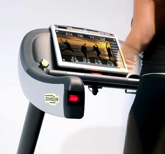Run Now 700 Visio Web Technogym Excite Usato Wellness Point